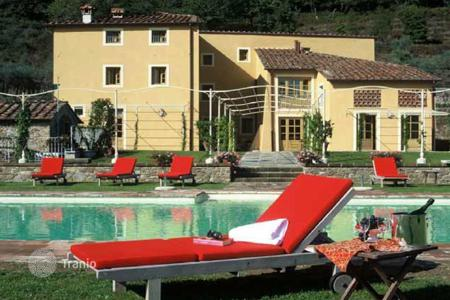Luxury residential for sale in Italy. Country seat – Lucca, Tuscany, Italy