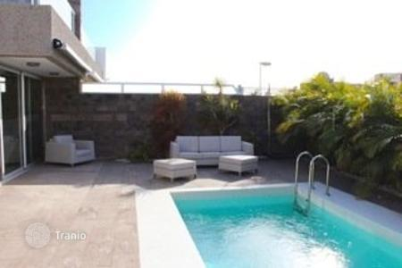 Luxury 5 bedroom houses for sale in Canary Islands. Villa – Costa Adeje, Canary Islands, Spain