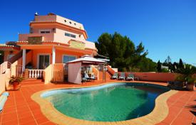 4 bedroom villa with pool and private basement annex, Praia da Luz, West Algarve for 922,000 $