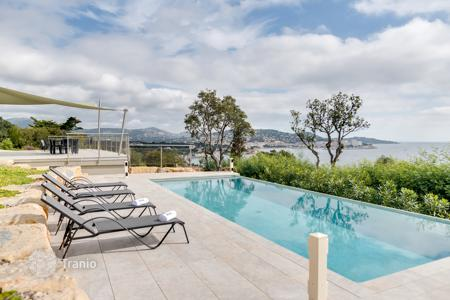 6 bedroom villas and houses to rent in Provence - Alpes - Cote d'Azur. Detached house – Provence - Alpes - Cote d'Azur, France