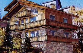 Luxury houses for sale in Les Allues. Villa – Meribel, Auvergne-Rhône-Alpes, France
