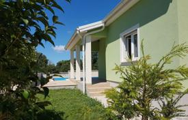Property for sale in Pomer. Premantura-Pomer New detached house with swimming pool