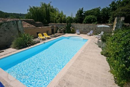 Villas and houses to rent in Aquitaine. Les Pruniers