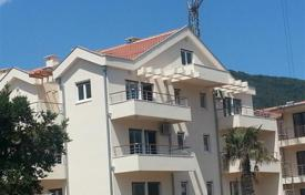 Coastal new homes for sale in Denovici. Duplex apartment overlooking the Bay in the village of Djenovici