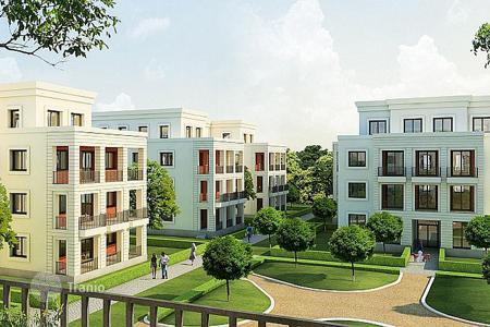 Apartments from developers for sale in Germany. One bedroom apartment with a balcony in a new residential complex near the lake in the Schlachten area, Berlin