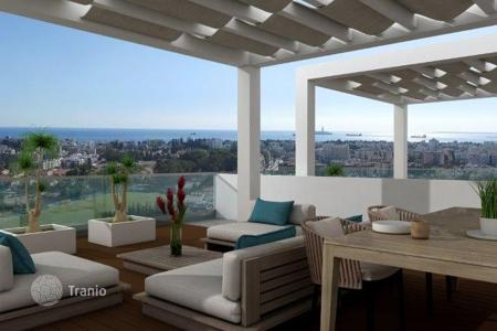 3 bedroom apartments by the sea for sale in Cyprus. Apartment – Germasogeia, Limassol, Cyprus