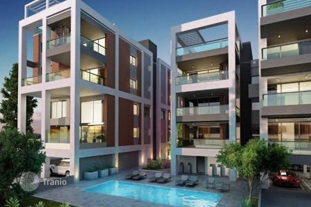 Apartments with pools for sale in Mesa Geitonia. Apartment – Mesa Geitonia, Limassol, Cyprus