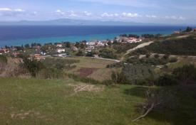 Land for residential or commercial use in hillside. Panoramic, unobstructed view to sea and mountain. for 300,000 €