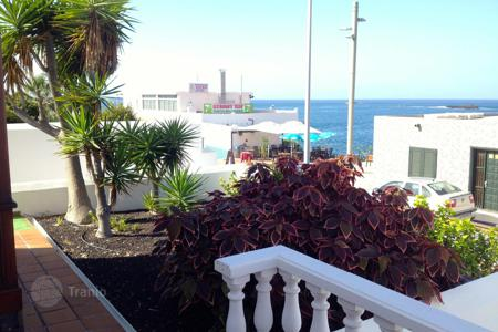 2 bedroom houses for sale in Tenerife. Villa - La Caleta, Canary Islands, Spain