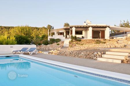 Property for sale in Ibiza. Renovated house with sea view in Ibiza
