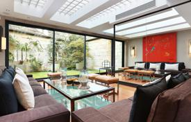 5 bedroom houses for sale in Paris. Five-level exclusive house with a swimming pool and terraces, Auteuil, Paris
