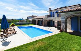 4 bedroom houses for sale in Istria County. Villa – Medulin, Istria County, Croatia