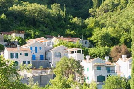 Residential for sale in Rozaje. Luxury apartment with sea views in Lucic, Montenegro
