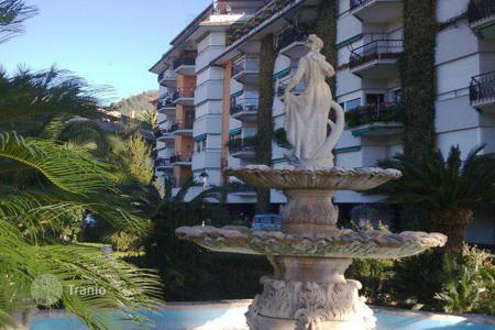 Luxury apartments with pools for sale in Italy. Apartment - Liguria, Italy