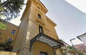 4 bedroom apartments for sale in Rome. The apartment in Parioli
