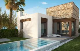 Property for sale in Algorfa. Mediterranean-style villas of 2 or 3 bedrooms with private pool and garden in La Finca