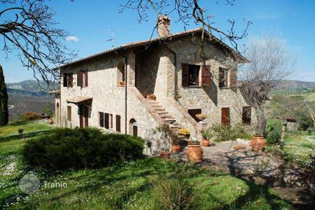 Property for sale in Tuscany. Agricultural – San Casciano dei Bagni, Tuscany, Italy