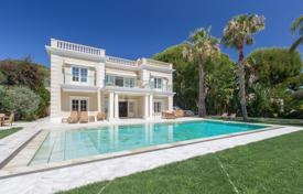 Houses with pools for sale in Saint-Jean-Cap-Ferrat. Prestigious estate of two villas with a private garden and a pool, Cap Ferrat, France