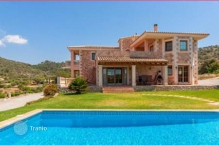 Houses for sale in Manacor. Cozy villa with landscape garden, swimming pool and beautiful county side view in Manacor, Mallorca, Balearic Islands, Spain