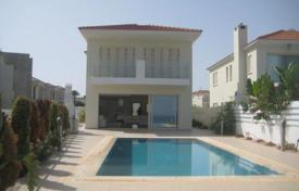4 bedroom houses by the sea for sale in Famagusta. 4 Bedroom Villa Beach Front — Protaras