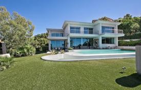 Luxury property for sale in Roquebrune-sur-Argens. Close to Saint-Tropez — Panoramic sea view
