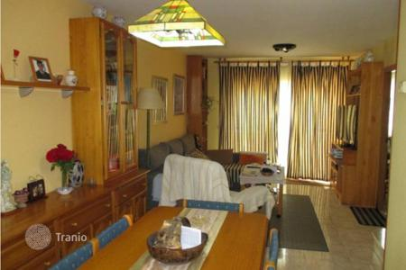 Property for sale in Vilanova i la Geltrú. Cozy, renovated three-storey house in Vilanova i la Geltru, La Collada area