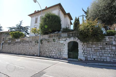 Coastal houses for sale in Nice. SUPERB MANSION 19TH CENTURY IN NICE WITH SEA VIEW