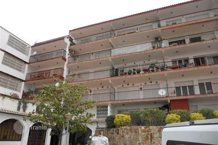 Cheap 3 bedroom apartments for sale in Tossa de Mar. Apartment - Tossa de Mar, Catalonia, Spain