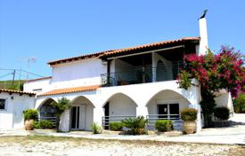 Coastal residential for sale in Attica. Detached house – Attica, Greece