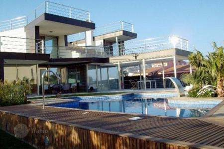 Houses with pools for sale in Calafat. Villa – Calafat, Catalonia, Spain
