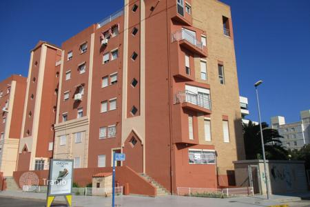 Bank repossessions terraced houses in Valencia. Terraced house – Valencia (city), Valencia, Spain