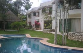 Residential for sale in Playa del Carmen. Villa – Playa del Carmen, Quintana Roo, Mexico