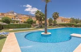 Townhouses for sale in Andalusia. Lovely Townhouse in Arroyo de las Piedras, Marbella Golden Mile