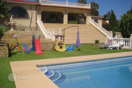 Luxury houses with pools for sale in Benidorm. Villa – Benidorm, Valencia, Spain