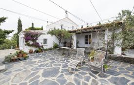 Houses for sale in Cadaqués. Spacious villa with a beautiful garden and a spacious terrace, overlooking the sea, Cadaques, Spain