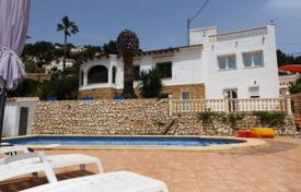 4 bedroom houses for sale in Senija. Villa/ Detached of 4 bedrooms with private pool and views to the mountains in Benissa