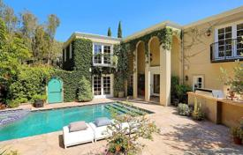 3 bedroom houses for sale in North America. Three-level villa with a swimming pool, a lounge area and a park view, Hollywood Hills, Los Angeles, USA