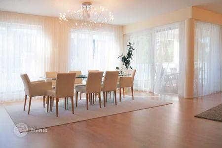 3 bedroom apartments for sale in Baden-Wurttemberg. Modern three-bedroom apartment in Baden — Baden, between Kurhaus and Festspielhaus