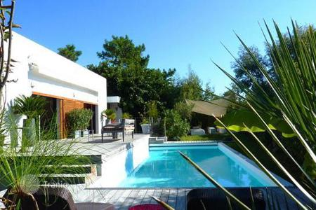 Property for sale in Aquitaine. Contemporary style house with sea view — Anglet Chiberta