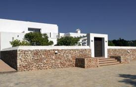 3 bedroom houses for sale in Ibiza. Beautifully Renovated Country Villa