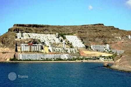 Coastal property for sale in Las Palmas de Gran Canaria. Renovated Apartment in Amadores