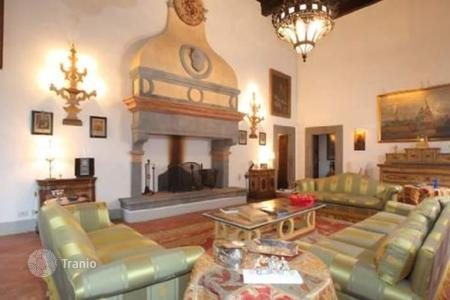 Residential for sale in Gaiole In Chianti. Apartment – Gaiole In Chianti, Tuscany, Italy