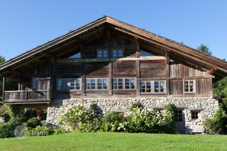3 bedroom houses for sale in French Alps. Villa – Megeve, Auvergne-Rhône-Alpes, France