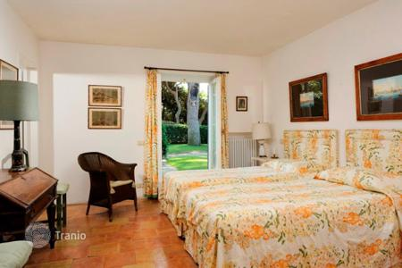 6 bedroom villas and houses by the sea to rent in Tuscany. Villa – Ansedonia, Tuscany, Italy