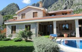 Houses with pools for sale in Kotor. Villa – Orahovac, Kotor, Montenegro