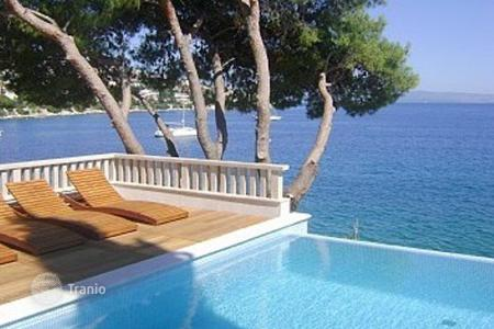 Luxury residential for sale in Dalmatia. Villa on island Ciovo/ Trogir