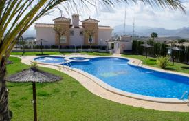 Property for sale in Busot. Townhouse with a swimming pool and a private plot, Busot, Spain