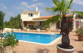 Houses for sale in Faro. 4 Bedroom Villa with Sea Views and Tennis Court Close to Vilamoura, Central Algarve