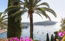 Luxury 5 bedroom houses for sale in Villefranche-sur-Mer. Villefranche sur Mer — Exceptional sea view