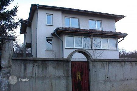3 bedroom houses for sale in Mountains in Bulgaria. Detached house – Bankya, Sofia-grad, Bulgaria